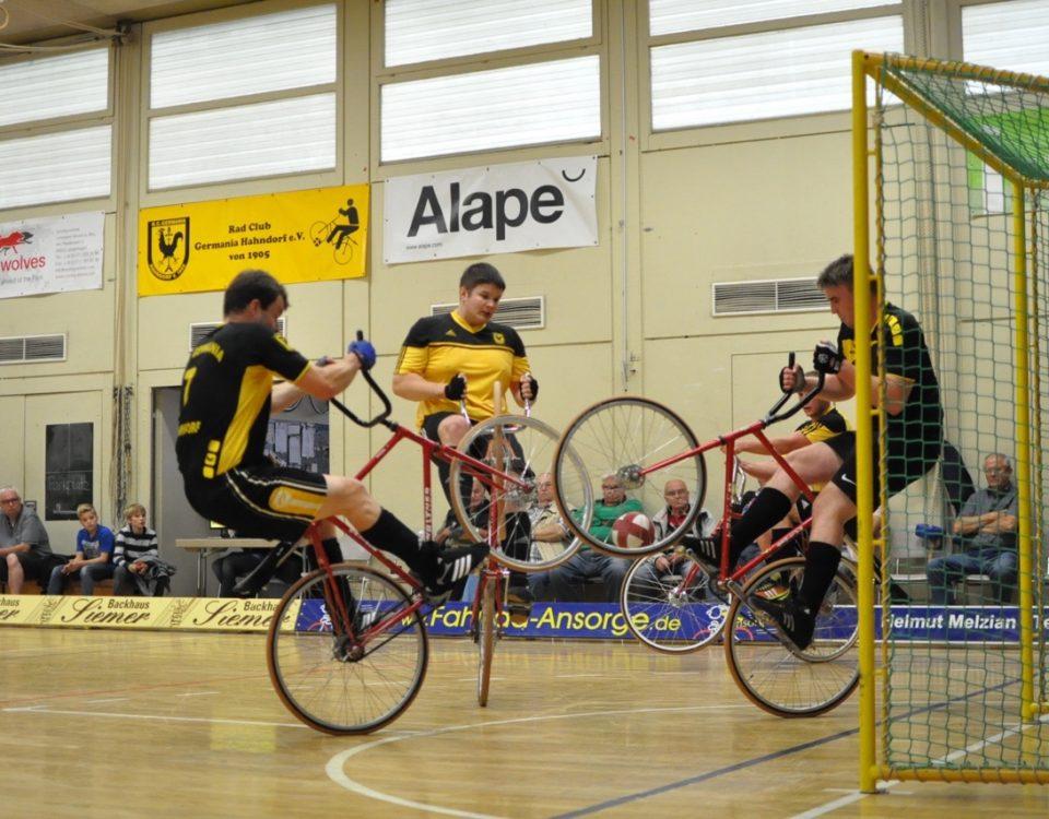 1. Oberliga-Spieltag in Hahndorf